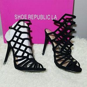 NEW Shoe Republic LA vanity caged heels BLACK